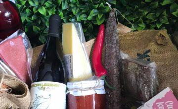 Спечелете вкусна кошница от Гастроном Деликатес