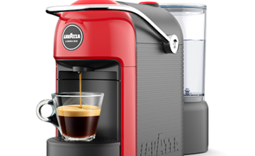 Спечелете 40 кафе машини Lavazza Modo Mio Jolie