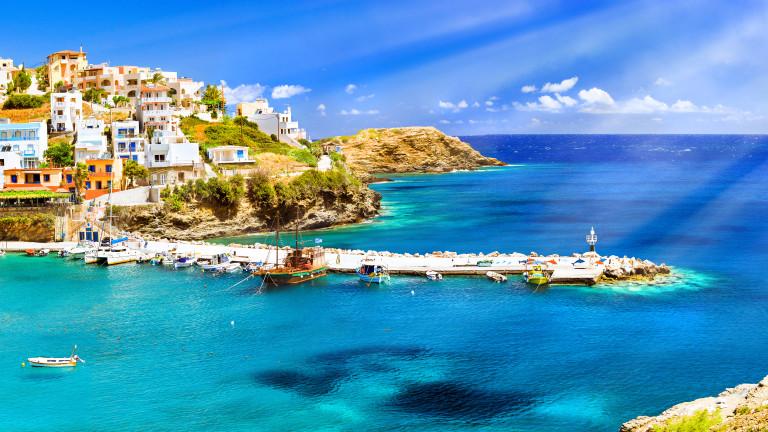 Спечелете почивка в Гърция, почивка в Банско, козметика, вина и още награди