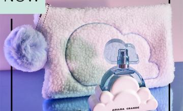 Спечелете три комплекта от парфюм Ariana Grande Cloud и ненесер