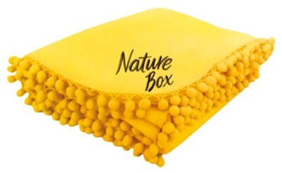 Спечелете чудесни поларени одеяла от Nature Box