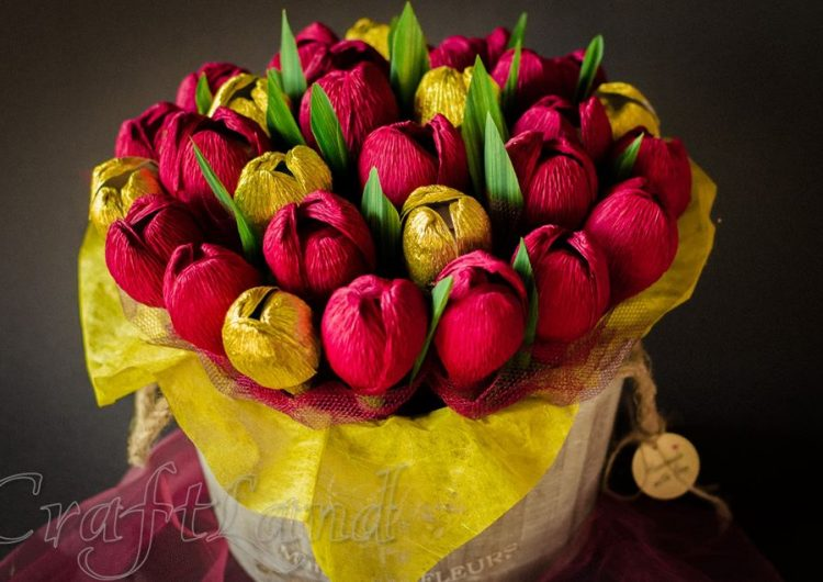 Спечелете голяма кошница с 29 цветя и шоколадови бонбони за Свети Валентин