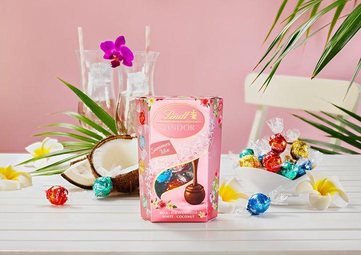 Спечелете 15 кутии с бонбони Lindor Summer mix