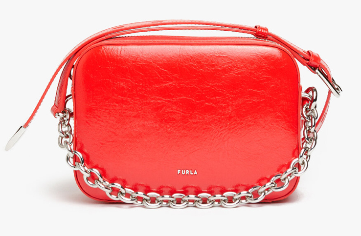Спечелете червенадамска чанта Furla Block