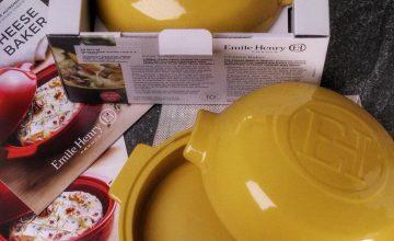 Спечелете комплект от керамични съдове за готвене Emile Henry