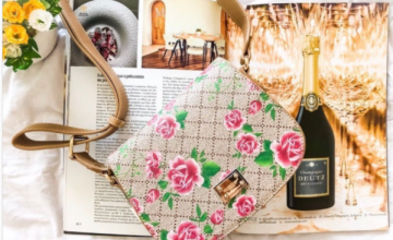 Спечелете дамска чанта Golden Roses